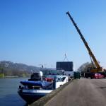 Transporteur fluvial de colis lourds