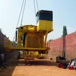 Transport d'engin de chantier par barge