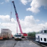 Chargement d'un colis lourds pour transport par barges