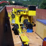 Transport par barge d'engins de chantier